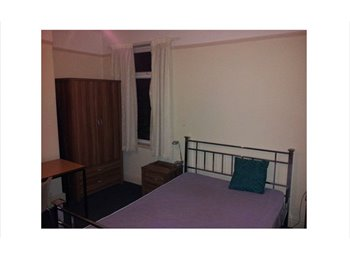 Two Double Rooms in a Flat share  For Rent
