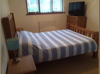 EasyRoommate UK - Double room fully furnished. - Stadhampton, Oxford - £650 pcm