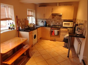 EasyRoommate UK - Single Room Leamington - £293/month - Whitnash, Leamington Spa - £223 pcm