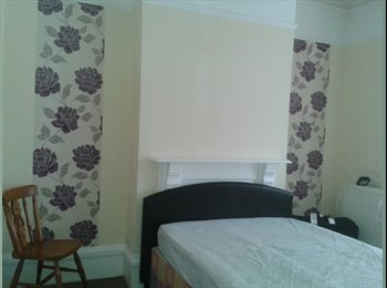 EasyRoommate UK - Triple size room - Fratton, Portsmouth - £335 pcm