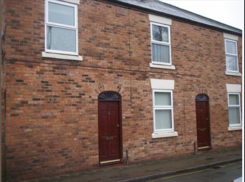 EasyRoommate UK - New refurb, 2 bed flat,close to city,waitrose - Chester, Chester - £650 pcm