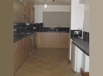 EasyRoommate UK - new big refurbished house fully furnished - Rhosnesni, Wrexham - £475 pcm