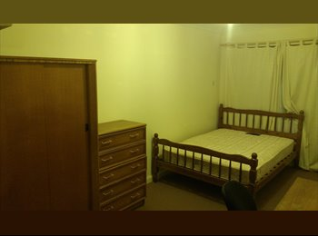 West city, double room available