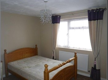 EasyRoommate UK - Beautiful rooms in shared House in Nelson/Colne - Colne, Colne - £300 pcm