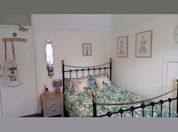 2 lovely well decorated double room and 2 cosy single rooms...