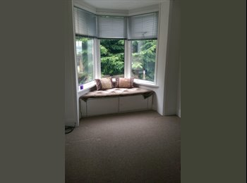 Spacious double rooms to let