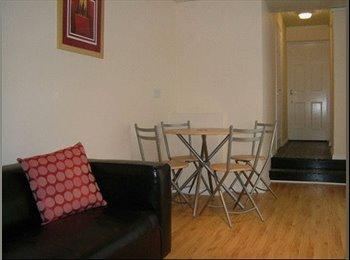EasyRoommate UK - Beautiful Rooms to Rent – Liverpool - Garston, Liverpool - £360 pcm