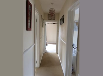 EasyRoommate UK - Room to rent in newly refurbished flat - Royal Leamington Spa, Leamington Spa - £570 pcm