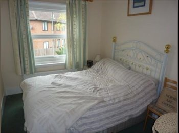 luxury double room to rent with parking