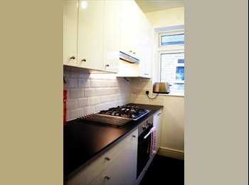 DOUBLE BEDROOM 5min to tube CENTRAL LONDON Furnish