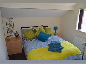 NEWCASTLE U LYME,STUDIO CLOSE TO TOWN AND HOSIPTAL