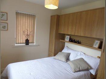 EN-SUITE DOUBLE BEDROOM AVAILABLE IN HANLEY