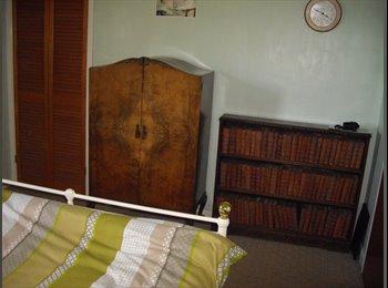 EasyRoommate UK - Room in village - Abingdon, Oxford - £450 pcm