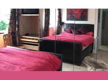 EasyRoommate UK - Room to Rent- £495 seven days £388 Monday to Friday - Binley Woods, Coventry - £388 pcm