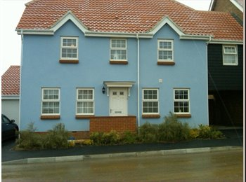 EasyRoommate UK - Double Room in Newbuild Modern home - Hawkinge, Folkestone - £450 pcm