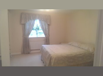 1 comfortable & homely double bedroom to let- YATE