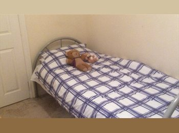 SMALL SINGLE ROOM MONDAY TO FRIDAY LET CONSIDERED HIGHAM...