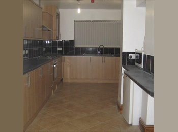 EasyRoommate UK - semi detached/near town center/local amenities - Rhosnesni, Wrexham - £390 pcm