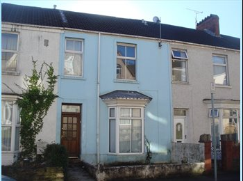 Lovely Large Five bed house near City Centre