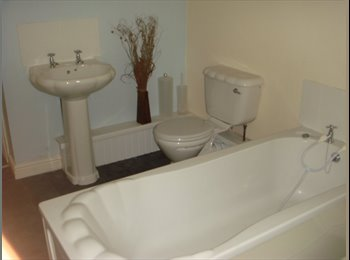 7 Beds, 2 ensuites!!! avail in shared house-other houses...