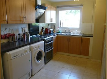 Double room, Very clean, Goldhay, well maintained