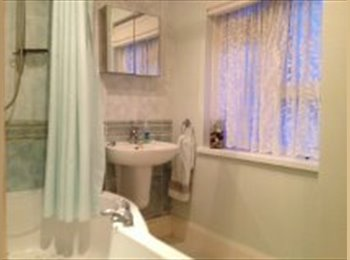 EasyRoommate UK - Student Property - 300m to Uni, Southsea - £405 pcm