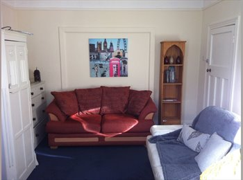 1 Single room & 1 Double room in superb, sociable, clean,...