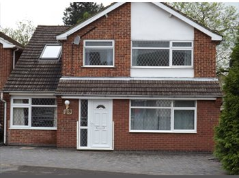 EasyRoommate UK - WHITWICK single room £345 pcm inc bills available NOW - Coalville, N.W. Leics and Chamwood - £345 pcm