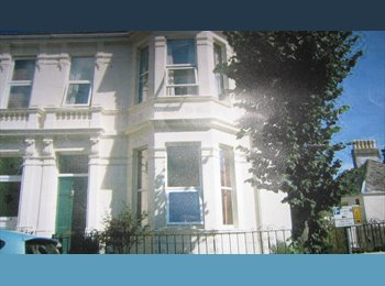 EasyRoommate UK - A Warm Welcome to Plymouth- choice of 4 LARGE doubles- £375-£420 pm-  no additional fees, Mannamead - £375 pcm