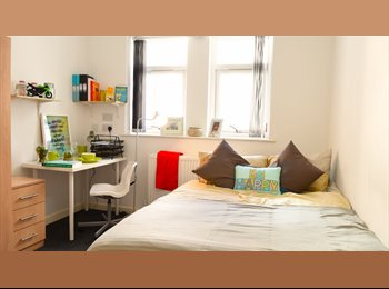 EasyRoommate UK - Luxury ensuite student accommodation - limited availability BOOK NOW!!, Middlesbrough - £370 pcm