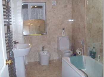 EasyRoommate UK - 1 Double Room Available Immediately - Coundon, Coventry - £350 pcm
