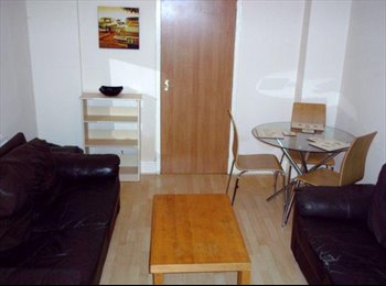 EasyRoommate UK - Single room in Fallowfield from £389pcm inc bills & cleaner, Manchester - £389 pcm