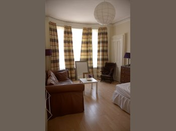 Stunning Flatshare at Cathcart (Southside)
