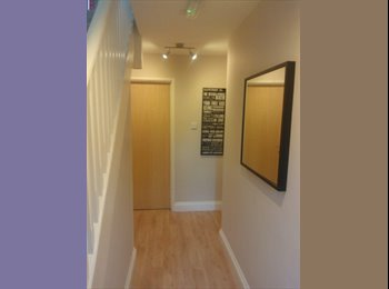 2 x Double Rooms in house for professionals
