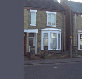 Large room  in semi-detached Victorian house