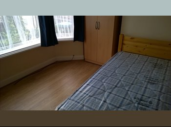 Opposite General Hospital in newly refurbished shared house