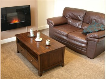 ROOM IN SHARED STUDENT HOUSE - IDEAL LEEDS TRINITY...