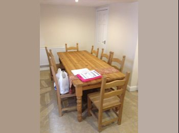 EasyRoommate UK - 5 bed student house available for september 2017, Boothen - £330 pcm