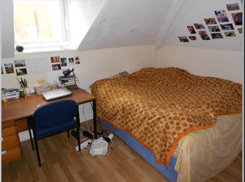 5 bed house available February 15th 2017 Crooksmoor