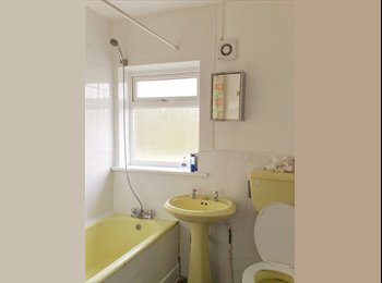 Cowley - Double room available for single occupant