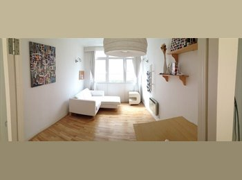 One Bedroom to let - Excellent location in the City