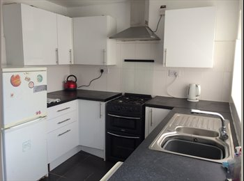 4 Bedroom House in Stoke near Coventry University