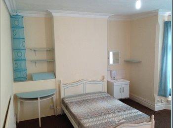 5 Double bedrooms Near DMU & fosse park