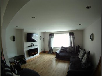 EasyRoommate UK - Double room in a modernised 3 bed house - Penwortham, Preston - £375 pcm