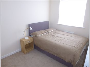 EasyRoommate UK - Double room available in quiet 2 bed house - Toxteth, Liverpool - £325 pcm