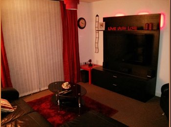 EasyRoommate UK - Flat Share in Town Centre Apartment - Rotherham, Rotherham - £275 pcm