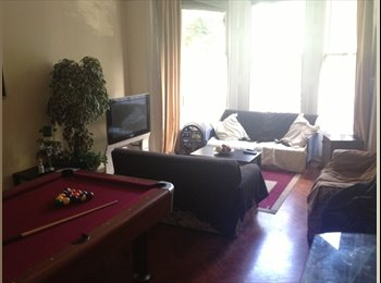 EasyRoommate UK - Clifton - Large Double Room Available - Parking - Clifton, Bristol - £450 pcm