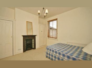 EasyRoommate UK - Bright & Spacious Double Room Incl. Bills & Cleaner In Centre of Shepherd's Bush - Shepherds Bush, London - £680 pcm