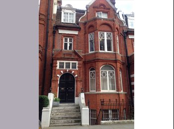 EasyRoommate UK - Earls court Square Double room - Earls Court, London - £866 pcm