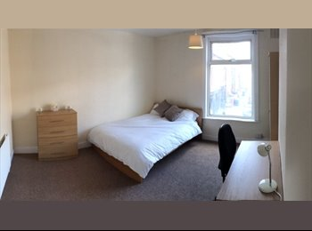 FULLY REFURBISHED 4 BEDROOM ACCOMMODATION TO RENT